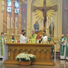 Missa abre a fase diocesana do Sínodo