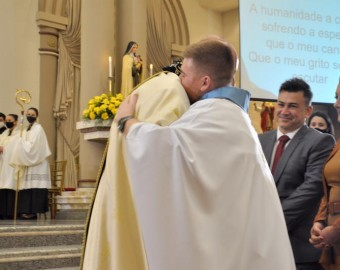 Diocese de Criciúma celebra ordenação de Padre Claiton